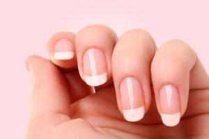 paznokcie po manicure japońskim