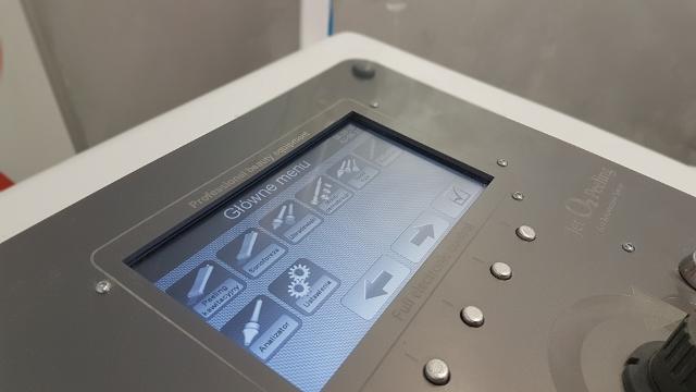 urządzenie wykorzystywane do zabiegu oxybrazji
